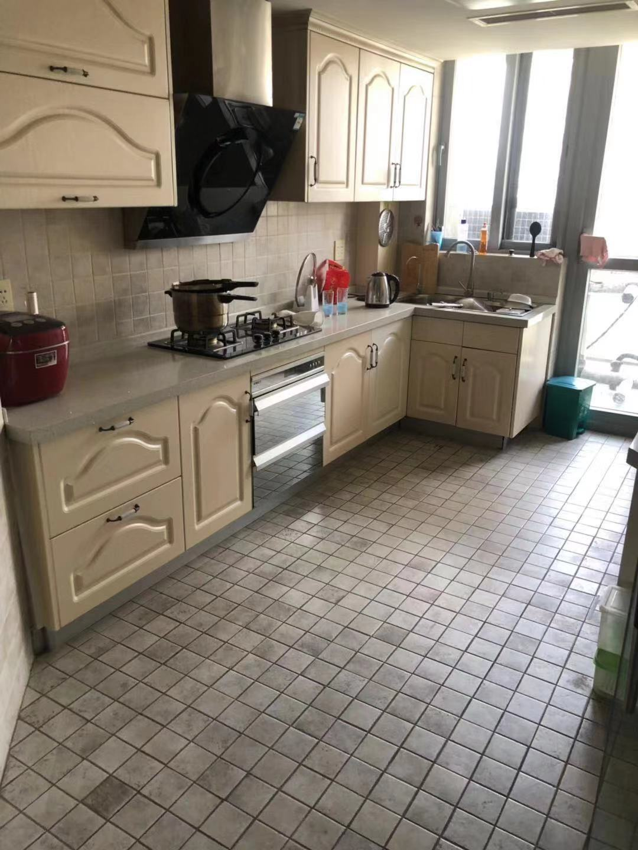 加州陽光精裝修房子首次出租 絕對對得起這個租金