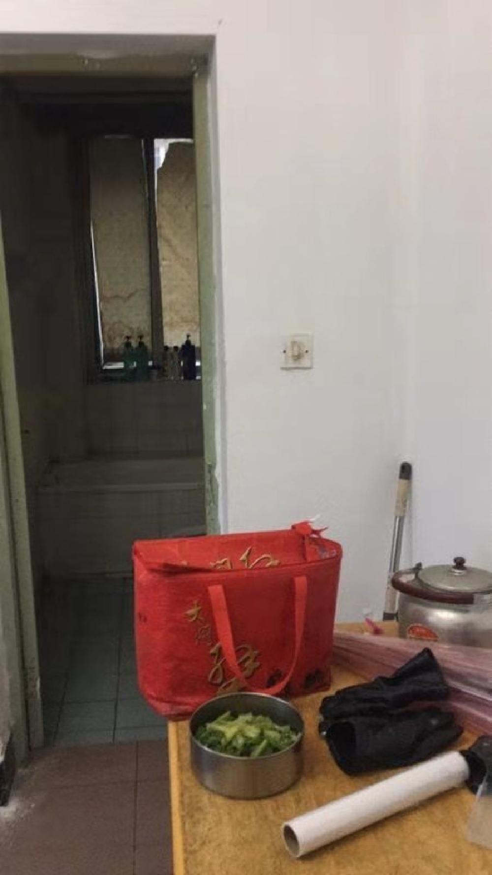 南江公寓1室1厅1卫  内部编号497