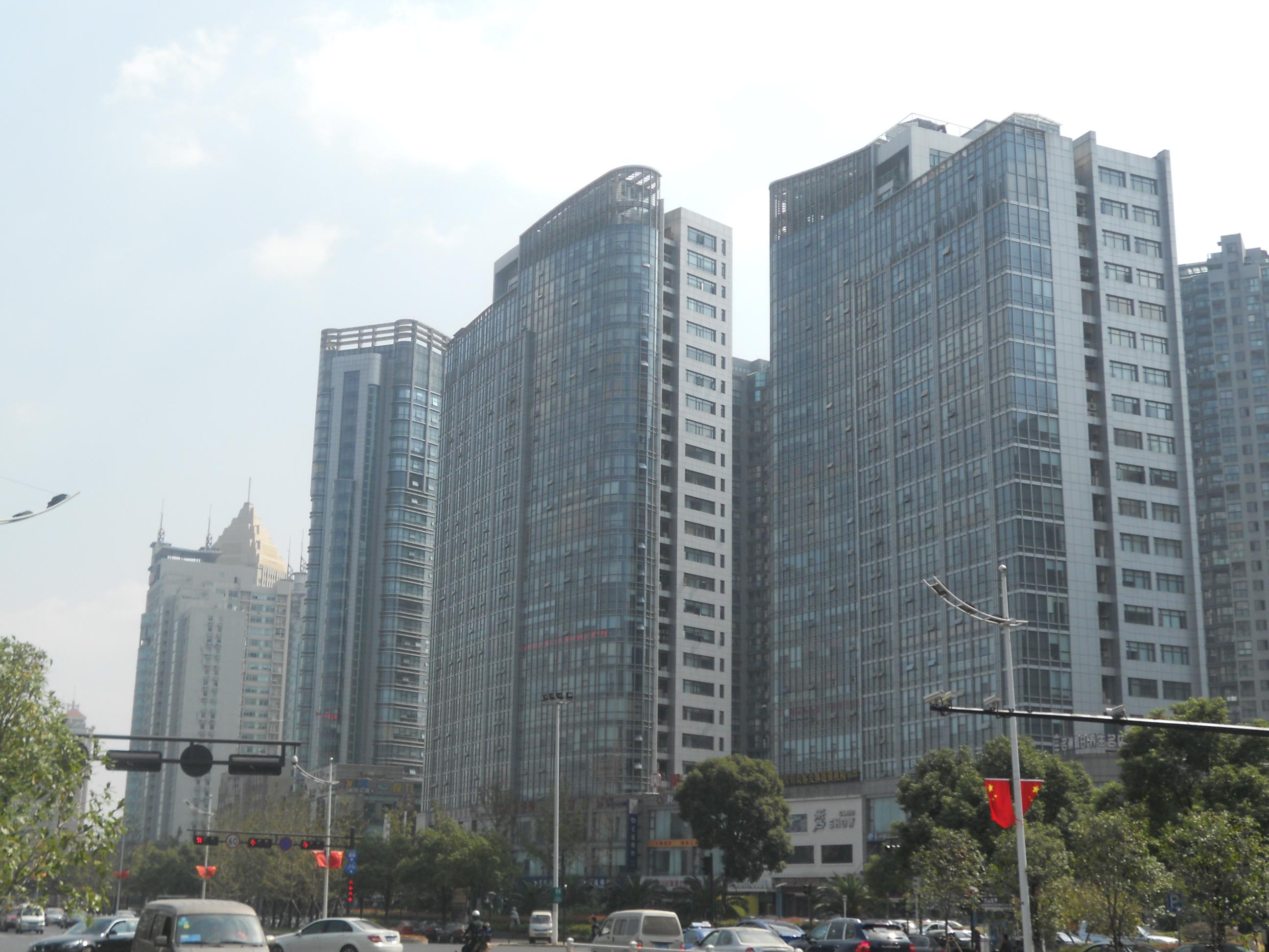 萧山心意广场写字楼452方、623方,1073方单价11000元方有钥匙