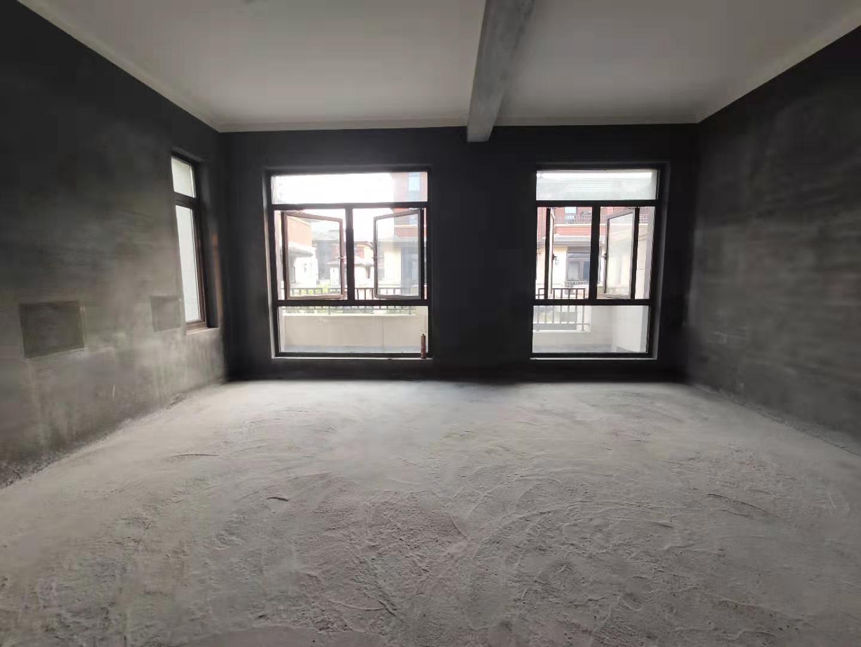 DI铁口 江景排屋 199方实用300方 送地下室2层+车位
