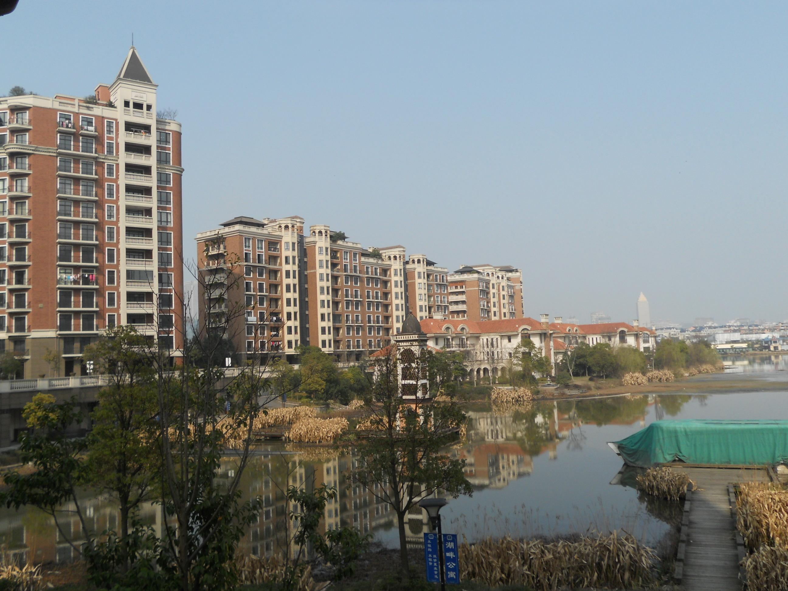 湘湖湖畔宽邸湖景房346平方六房,豪华装修,看房有钥匙,只卖23674元平