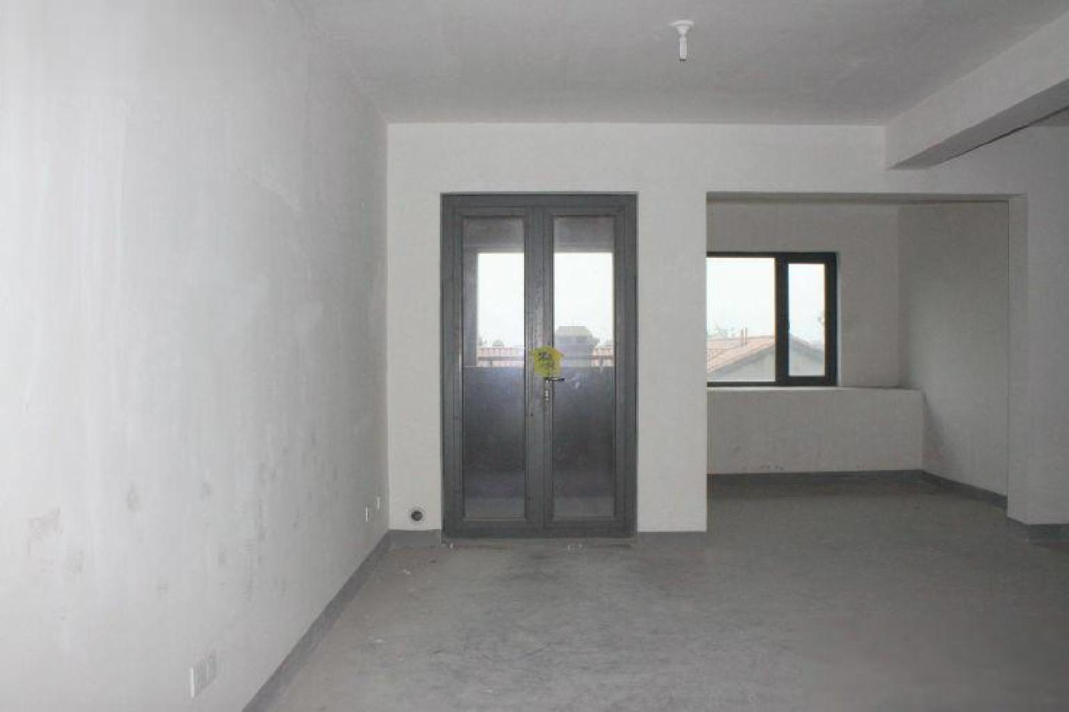 顺发康庄随时看房 刚需小面积住宅 奥体旁亚运村边 包车位税少