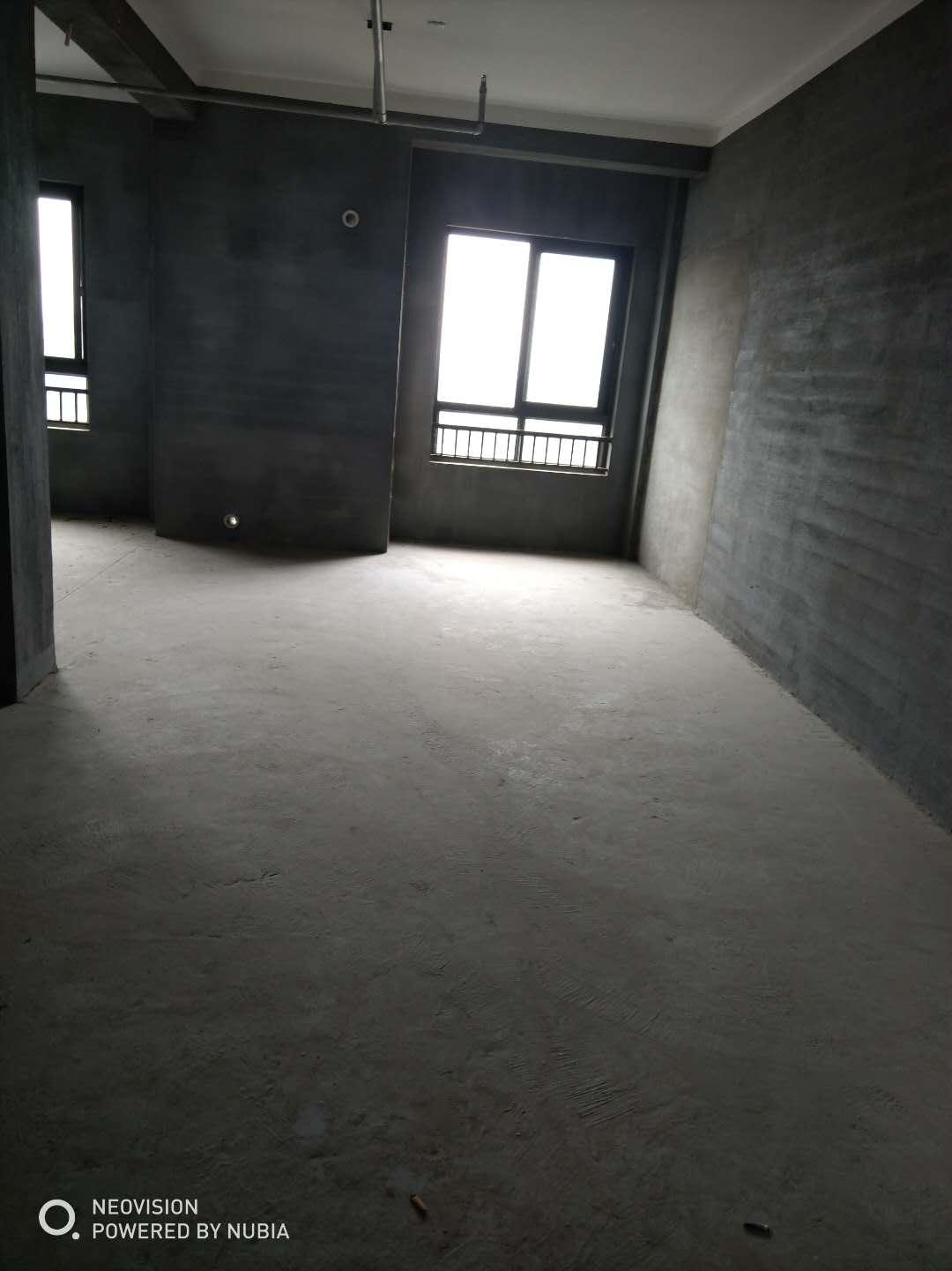 临浦嘉顺中心电梯房、繁华地段、楼层户型佳、毛坯、诚售