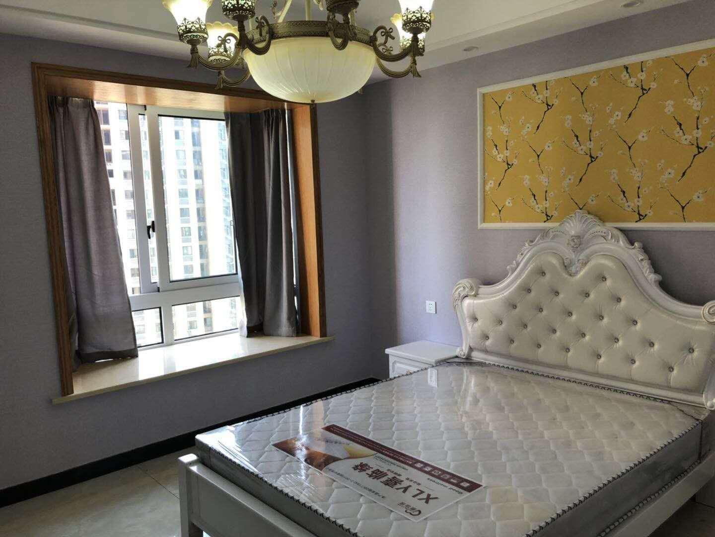地铁口南江商业中心精装公寓出售