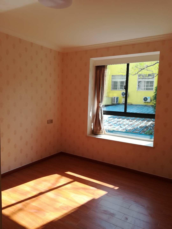地鐵口+學區房,四房二廳二衛,精裝修西邊套
