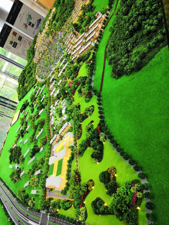 杭州主城区青山湖风景区排屋群中的带电梯花园洋房折后16000一方小面积户型好
