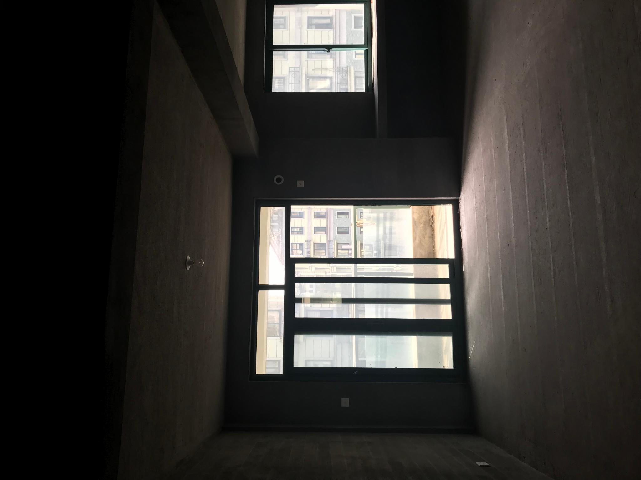 世家,大3房2卫,跃层90送60方平层,全明户型,有车位