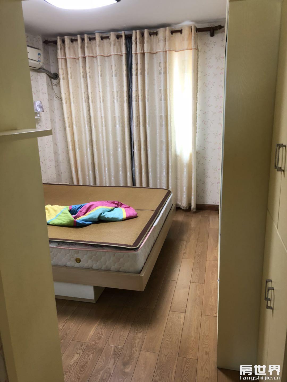 临浦东藩小区精装房子出售,79方只卖133万,临浦镇小学区房