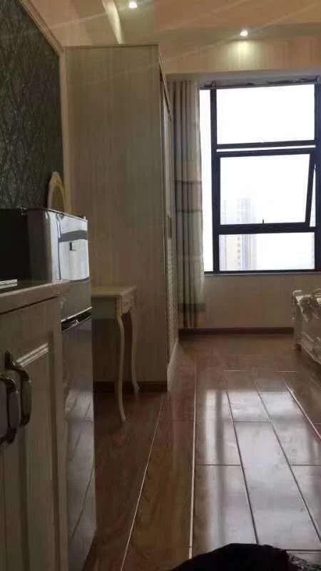 南江商业中心,精装公寓,拎包入住