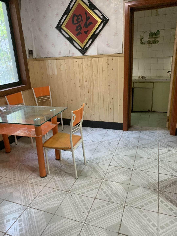 新桥园 二室一厅 楼层好 装修清爽出售