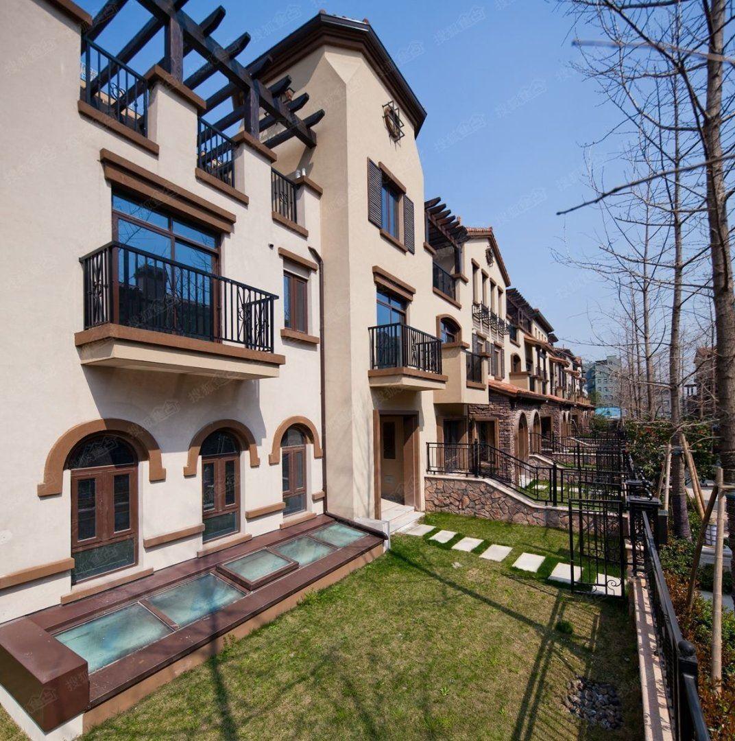 实房实图奥体板块亚运村旁带花园上下五层特价900万自家房子