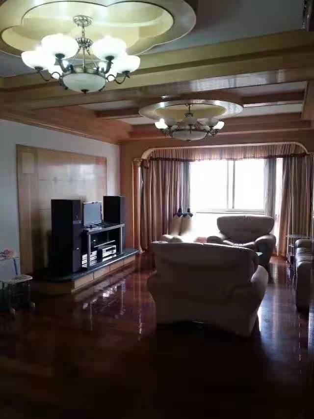沁茵园 装修好房 楼层好 阳光好 看房方便 诚心客户价格可商量
