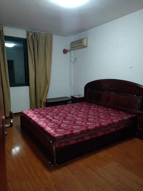临浦戴家桥公寓,精装修房子出售,50方只卖68万,无增值税,送自行车库