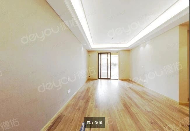 精装修,三开间朝南全明户型,看房方便,视野无遮挡