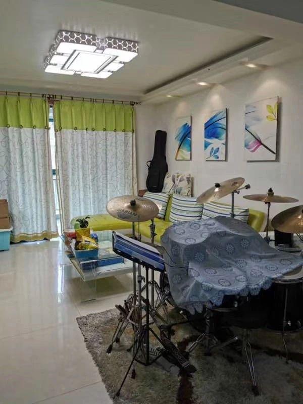 出售华瑞沁园春5楼,101.6方 ,3房2厅1卫,精装,325万