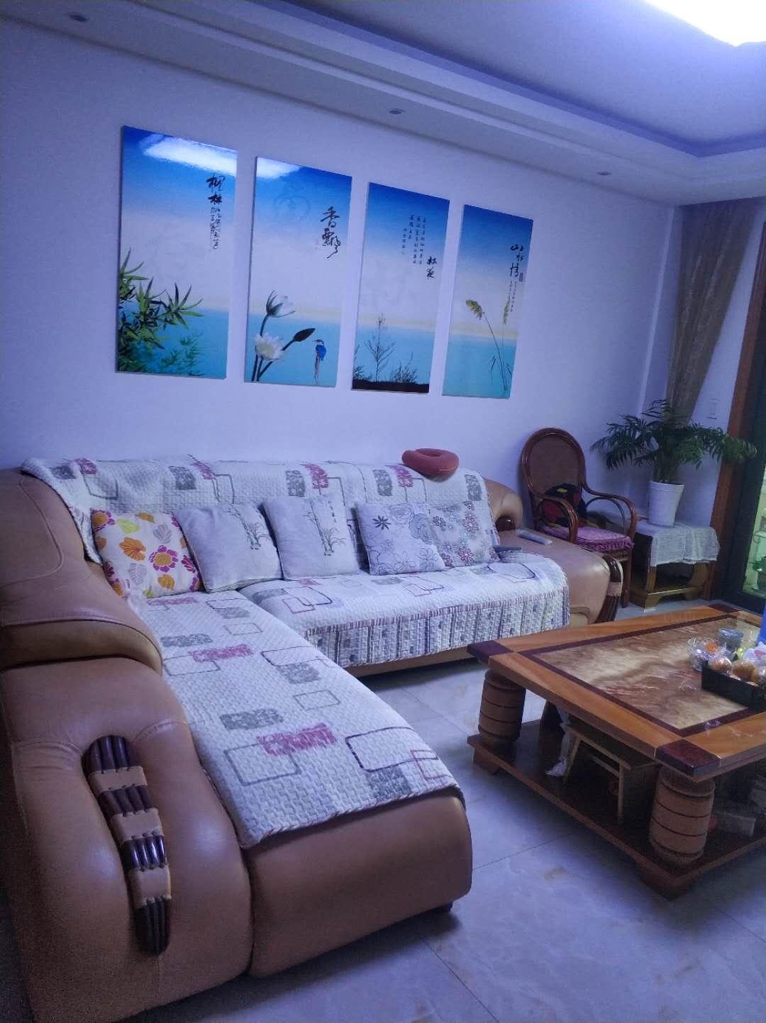 临浦金榈湾,豪华装修的房子房东急卖,装修3年,拎包入住