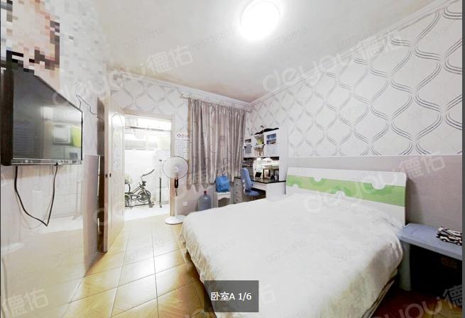 满五唯一新房税 精装56方 诚售价135W