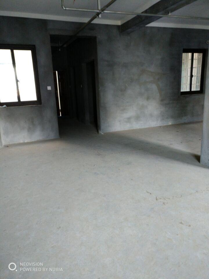 临浦香格名苑,好房出售,2个卫生间都有窗,是临浦镇小学区房