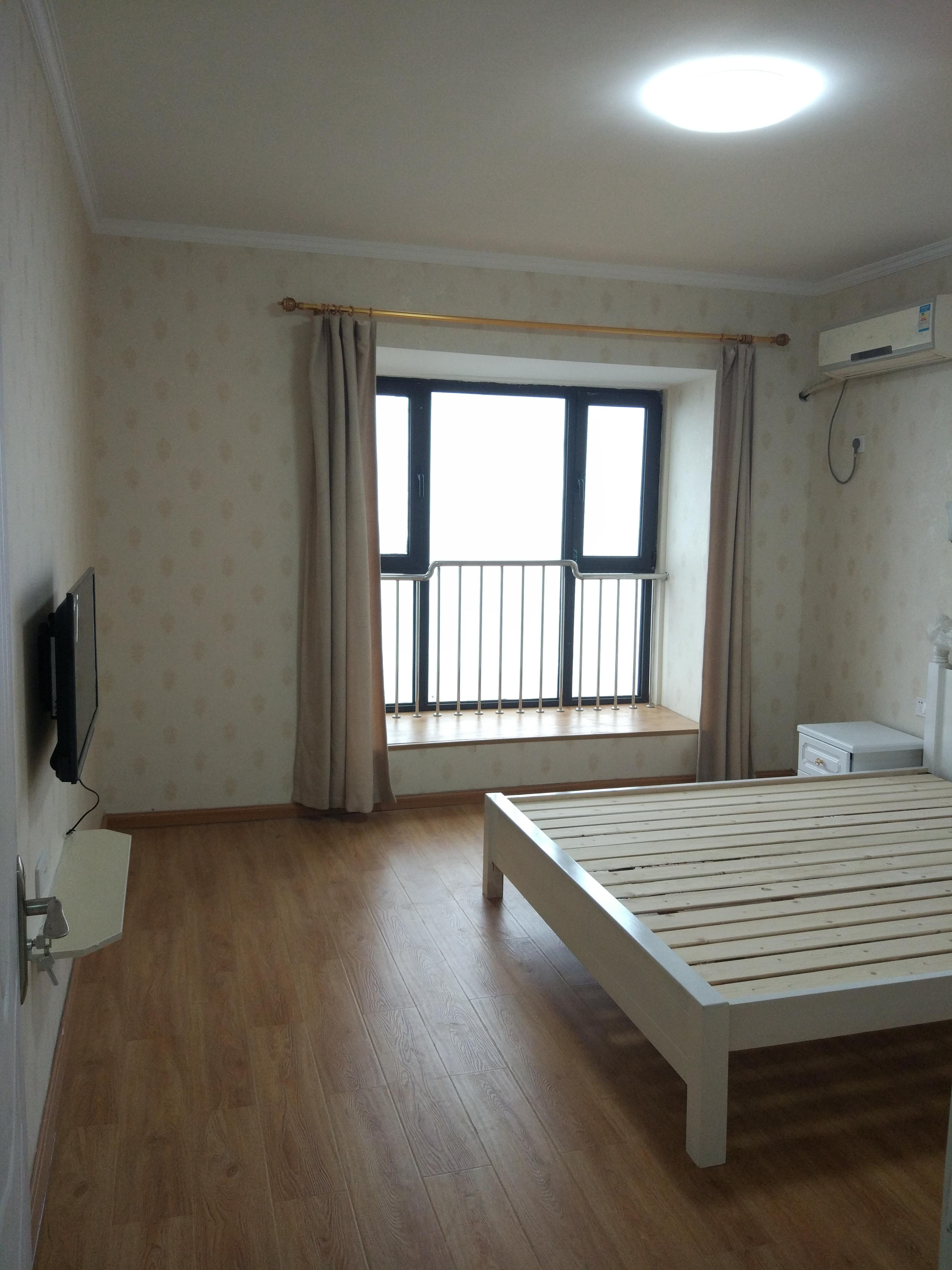 萧山科技城 景海湾小区80平方二房一厅精装修2500 元