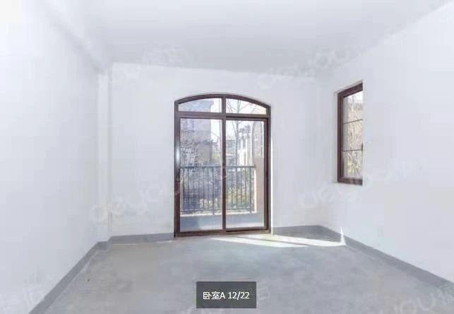 钱江世纪城奥体板块、地中海风情别墅252²拓展面积200方