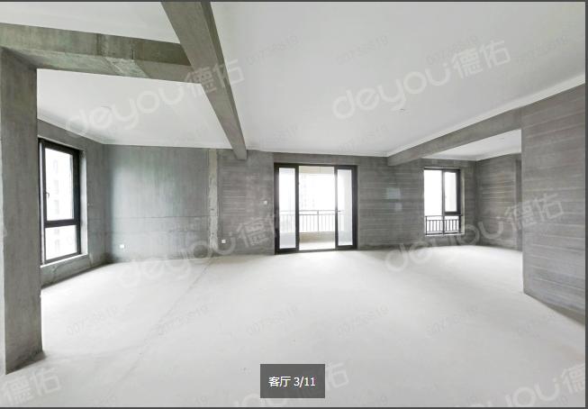 5号线地铁口 双阳台 毛坯4房 全明户型 127方 诚售320W