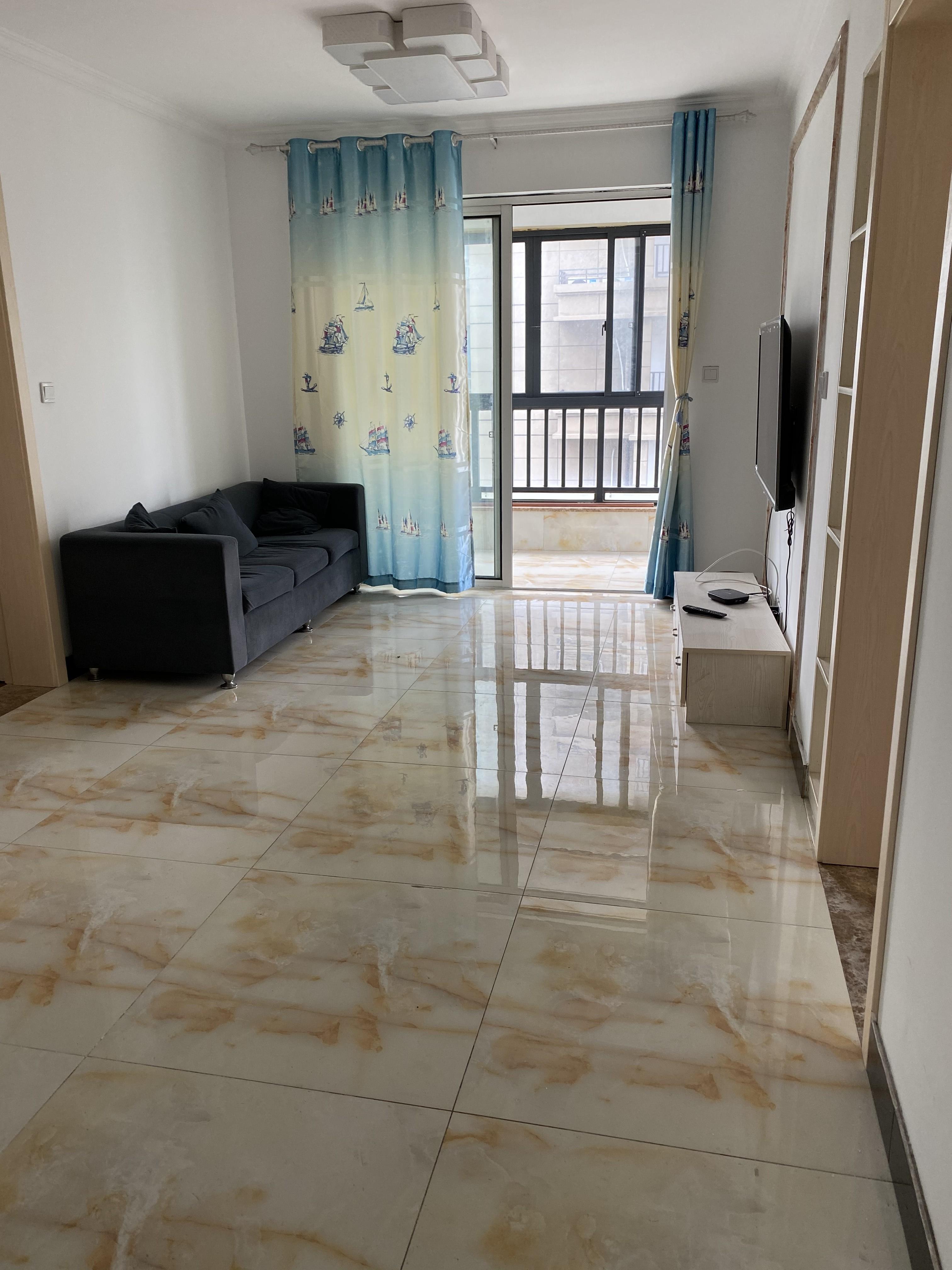 临浦浦园,精装房子出租,2房2厅只要2000一月