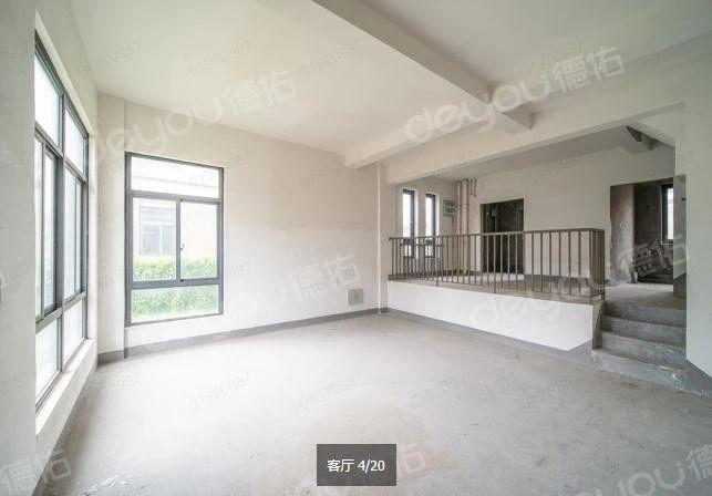 此房270°采光,视野宽阔,配套齐,毛坯方便装修