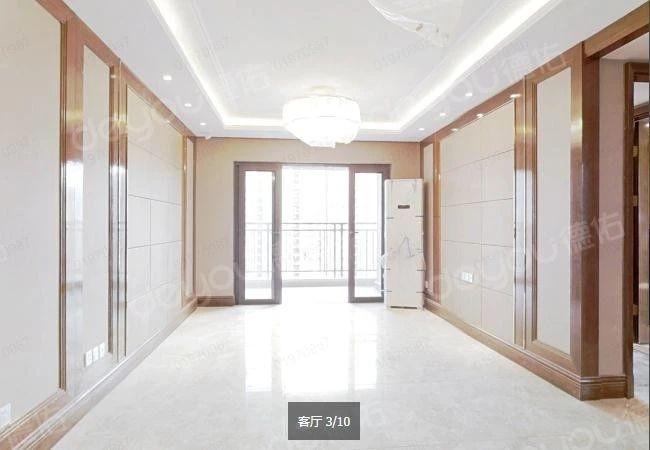 房龄新西边套 小区品质高 楼间距大 全屋地暖 拎包入住