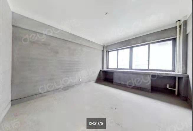 建设3路双地铁口,一房一厨一卫,东边朝向,中间楼层,视野好.....