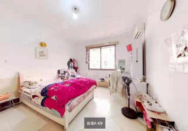 房子清爽装修, 视野开阔 采光好 房东诚心卖。满五唯一。